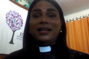 Pastora transgénero