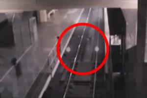 Graban un espeluznante tren fantasma en China