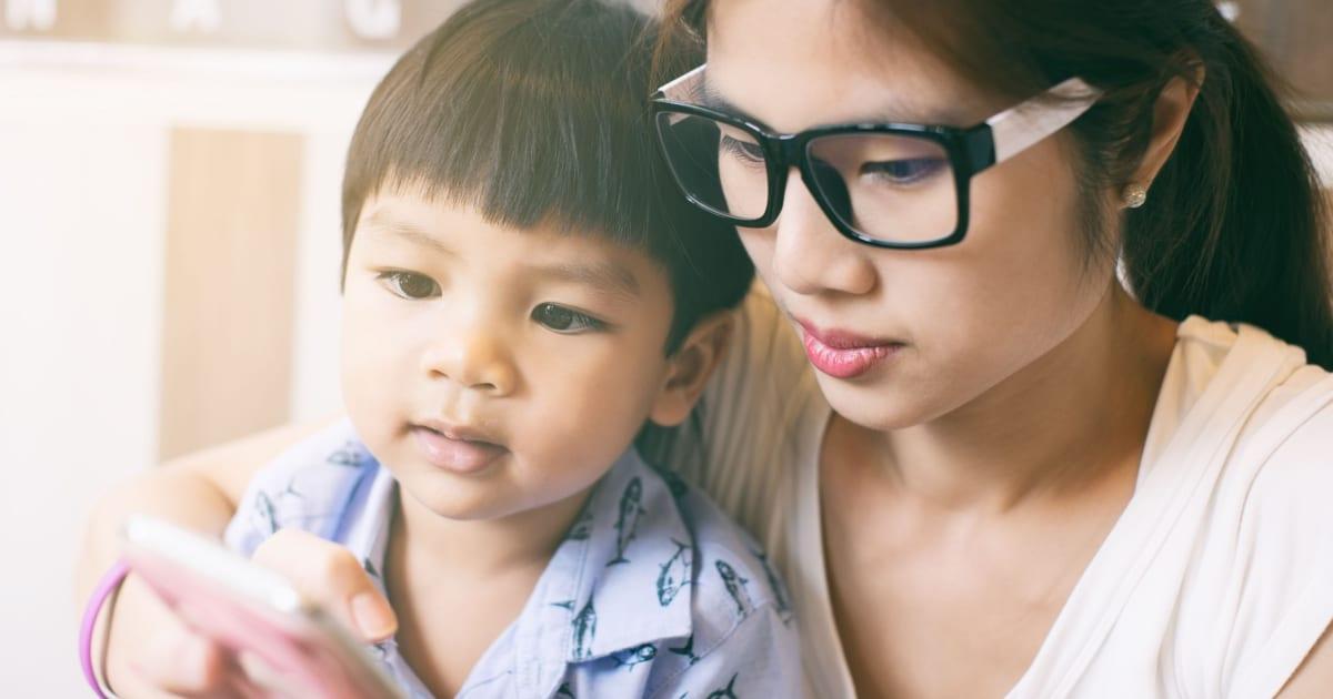 Los niños heredan la inteligencia de la madre